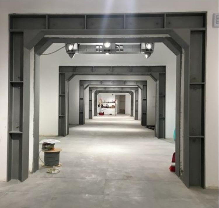 06.  Ampliamento attività commerciale nel centro ottocentesco in Savona