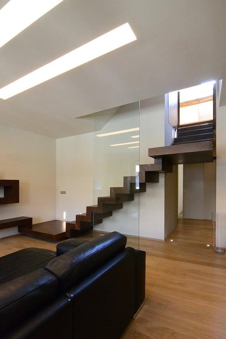 10.  Attico su due livelli in centro ottocentesco Savona